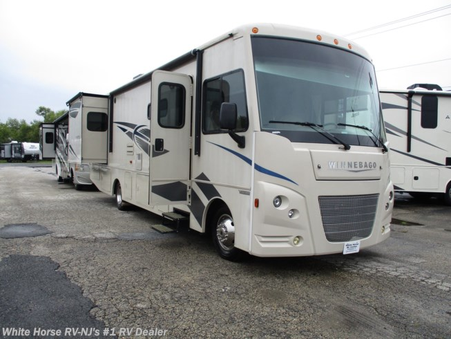 Used 2018 Winnebago Vista 32YE Double Slide available in Williamstown, New Jersey