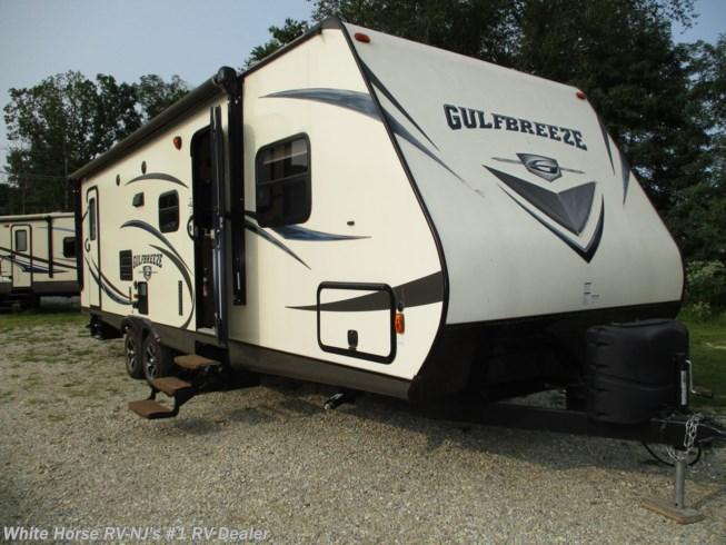 Used 2018 Gulf Stream Gulf Breeze 28BBS Slide, DBL Bed Bunks available in Williamstown, New Jersey