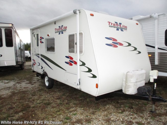 Used 2007 R-Vision Trail-Lite Crossover 189QB Front East-West Bed available in Egg Harbor City, New Jersey