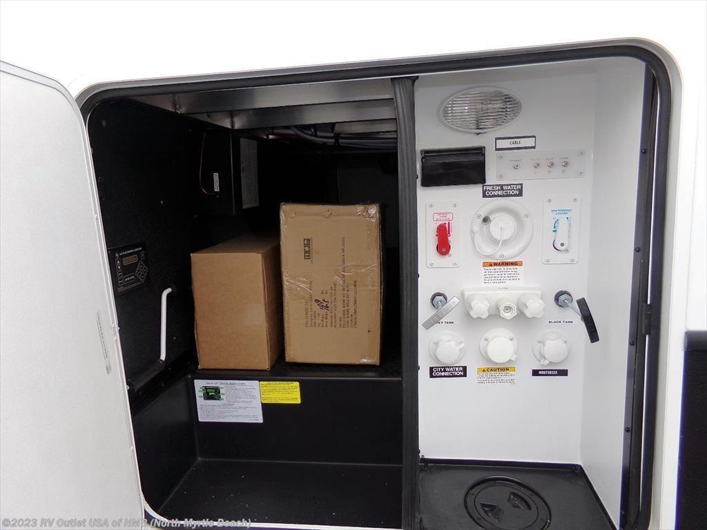 2017 Dutchmen Rv Voltage 3005 For Sale In North Myrtle