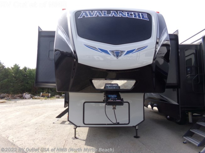 2019 Avalanche 383FL by Keystone from RV Outlet USA of NMB (North Myrtle Beach) in Longs, South Carolina