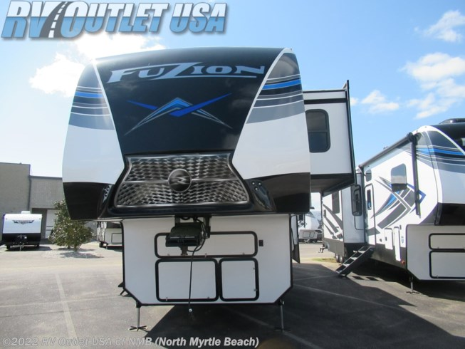 2021 Keystone Fuzion 419 - New Toy Hauler For Sale by RV Outlet USA of NMB in Longs, South Carolina features AM/FM/CD, Stove Top Burner, CO Detector, Central Vacuum, Smoke Detector