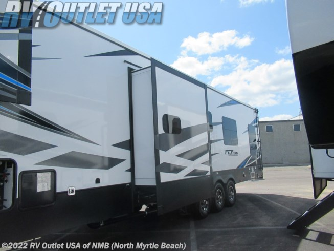 2021 Fuzion 419 by Keystone from RV Outlet USA of NMB in Longs, South Carolina