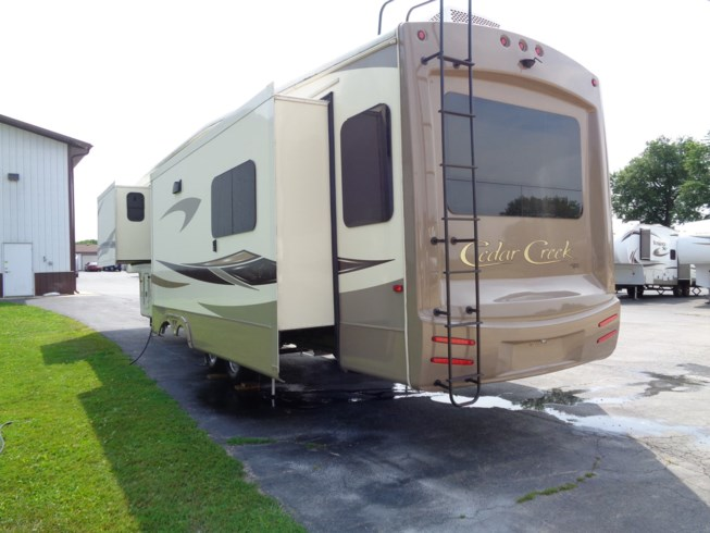 2016 Cedar Creek Hathaway Edition 36CKTS by Forest River from Winnebago Motor Homes in Rockford, Illinois