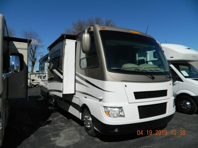 Used 2011 Four Winds International Serrano 31 V available in Rockford, Illinois