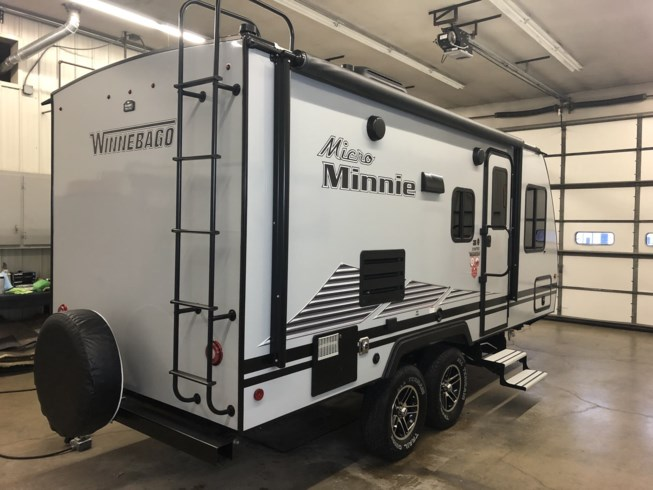 New 2021 Winnebago Micro Minnie 2106FBS available in Rockford, Illinois