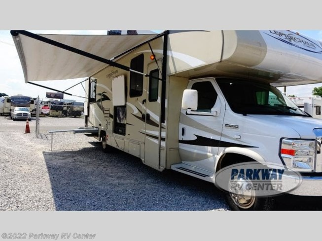 2014 Coachmen Leprechaun 319DS Ford 450 - Used Class C For Sale by Parkway RV Center in Ringgold, Georgia features Slideout