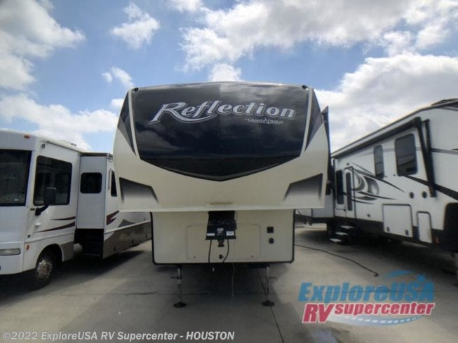 Used 2018 Grand Design Reflection 311BHS available in Houston, Texas