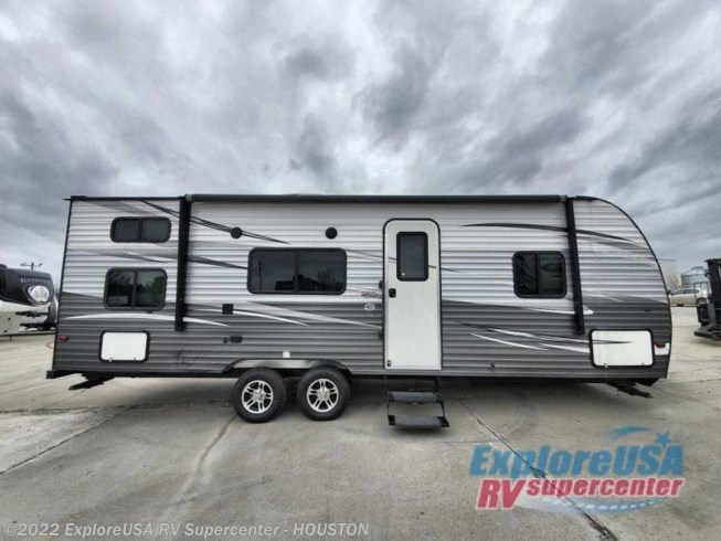 Used 2018 Prime Time Avenger 26BH available in Houston, Texas