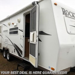 Used 2008 Forest River Rockwood Ultra Lite 2603 For Sale by Delmarva RV Center in Smyrna available in Smyrna, Delaware