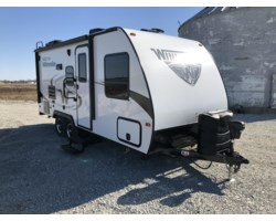 #B038776 - 2018 Winnebago Micro Minnie 2106FBS