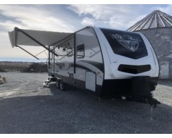 #B021902 - 2018 Winnebago Minnie Plus 26RBSS