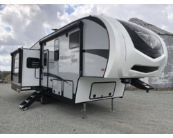 #B023508 - 2019 Winnebago Minnie Plus 27RLTS
