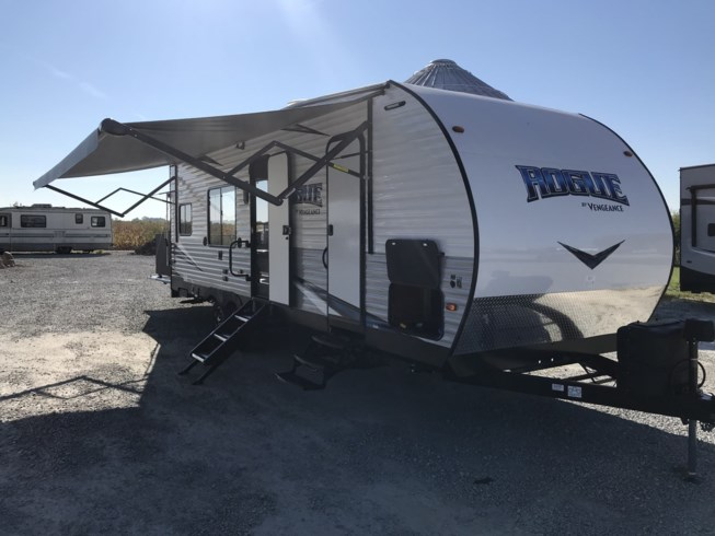 2019 Forest River Vengeance Rogue 25V