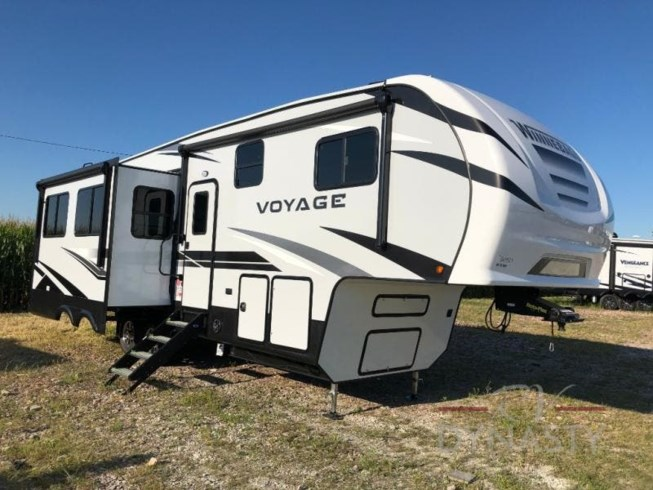 New 2021 Winnebago Voyage 2932RL available in Bunker Hill, Indiana