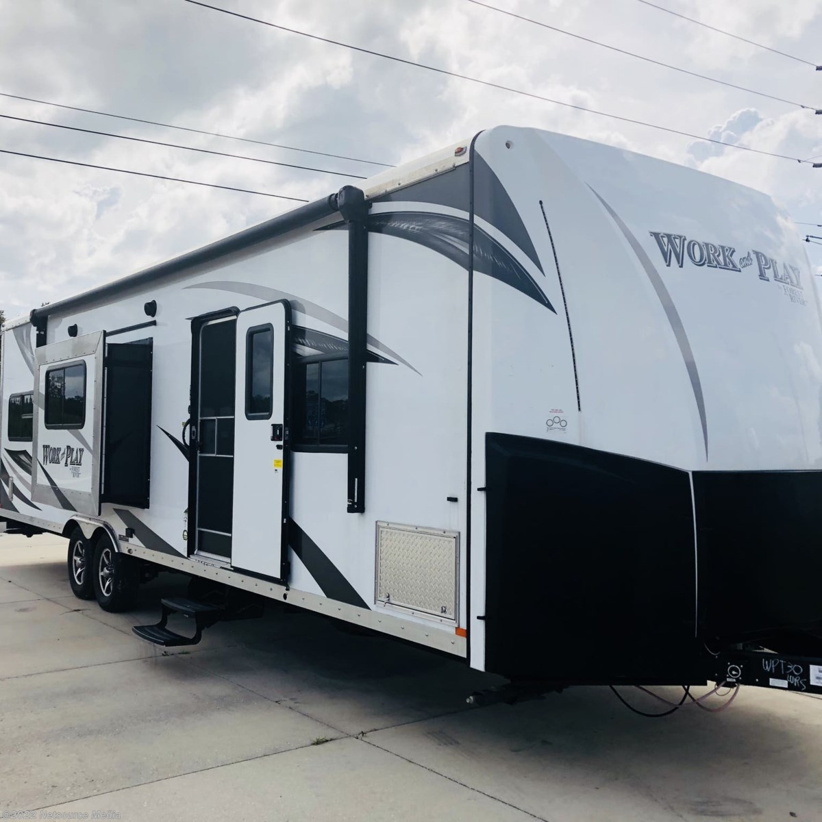 Work17455 2017 Forest River Work And Play30wrs For Sale In Bushnell Fl 2000 Coachmen Catalina Wiring Diagram