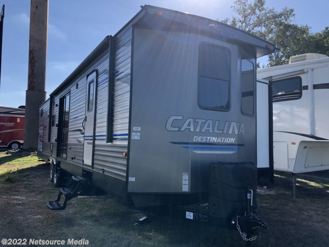 2019 Coachmen Catalina 40BHTS