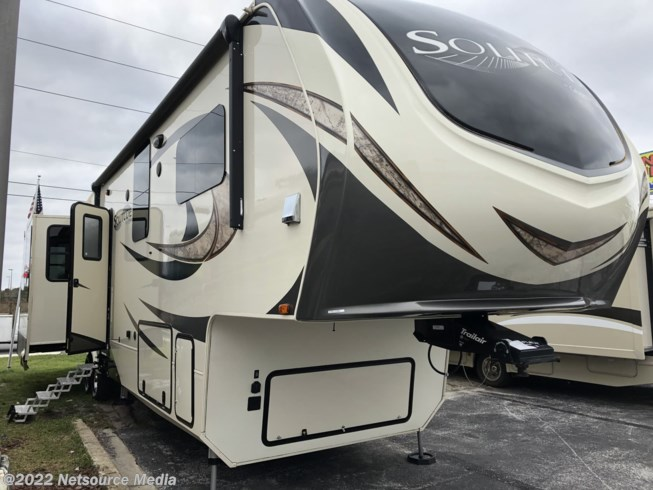 2017 Grand Design Solitude 377