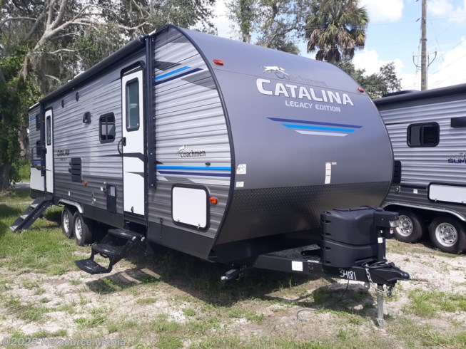 2019 Coachmen Catalina 273BHSCKLE
