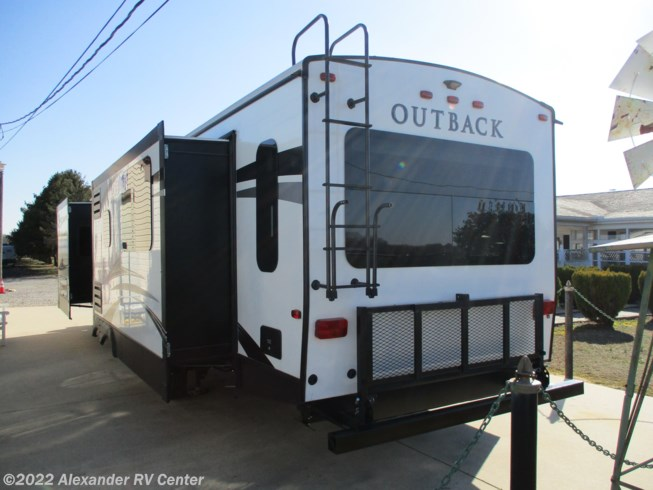 2018 Outback 330RL by Keystone from Alexander RV Center in Clayton, Delaware