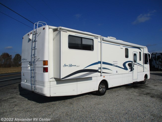 2002 National RV Sea Breeze 8341-LX - Used Class A For Sale by Alexander RV Center in Clayton, Delaware features Battery Charger, Skylight, Oven, Furnace, CO Detector