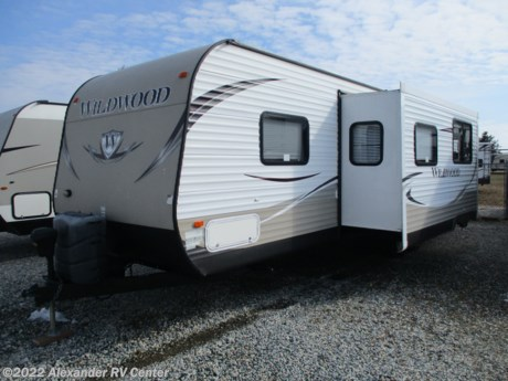 "<p>""JUST ARRIVED"".  GREAT BUNKHOUSE TRAILER FOR LARGE FAMILY.  2 BEDROOMS.  FRONT QUEEN BED.  REAR BUNK ROOM WITH SMALL DINETTE THAT CONVERTS EASILY TO ADDITIONAL BED.  OVERHEAD DROP DOWN BED AND TOP BUNK ON OTHER SIDE WITH LADDER.  OUTSIDE KITCHEN.  PREVIOUS OWNERS UPGRADED TO BUNKHOUSE CLASS A MOTOR HOME.  BLOW-OUT PRICE ON THIS ONE...SO HURRY IN.  WILL NOT LAST @ THIS PRICE!!!</p>"