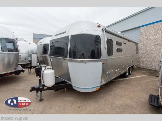 2020 Flying Cloud 28RB by Airstream from Vogt RV in Fort Worth, Texas