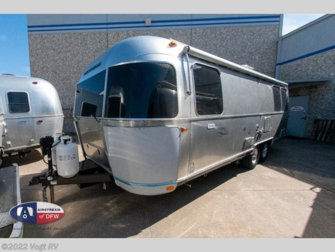 2020 Globetrotter 27FB by Airstream from Vogt RV in Fort Worth, Texas