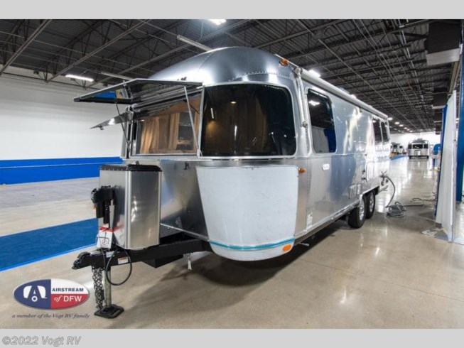2021 Flying Cloud 25FB by Airstream from Vogt RV in Fort Worth, Texas