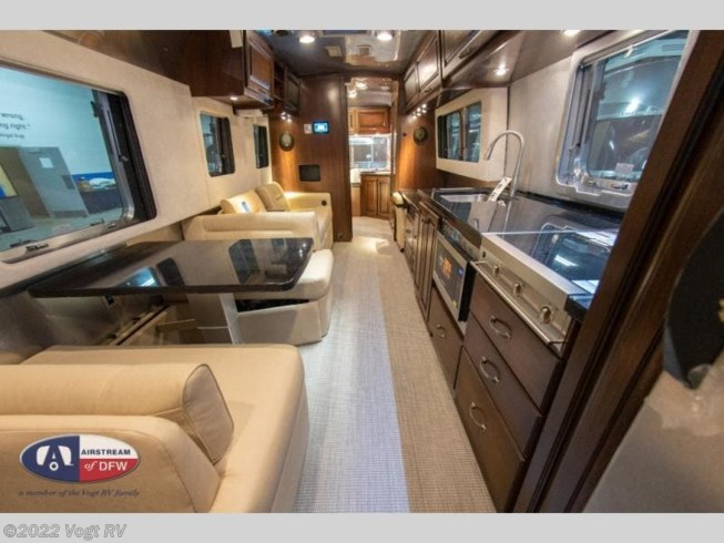 New 2021 Airstream Classic 33FB Twin available in Fort Worth, Texas