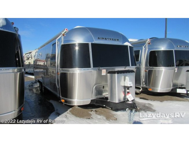 New 2019 Airstream Flying Cloud 27FB Twin available in Anoka, Minnesota