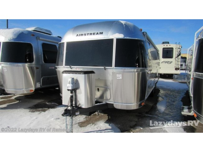 2019 Airstream Flying Cloud 27FB Twin - New Travel Trailer For Sale by Lazydays RV of Minneapolis in Anoka, Minnesota