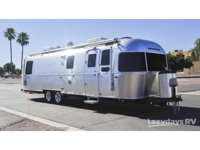 Used 2017 Airstream Classic M-30 available in Anoka, Minnesota