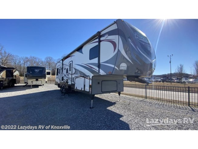 Used 2014 Heartland Road Warrior 310 available in Knoxville, Tennessee