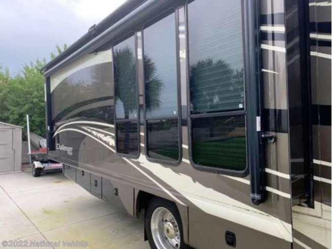 2010 Challenger 371 by Damon from National Vehicle in Merritt Island, Nebraska