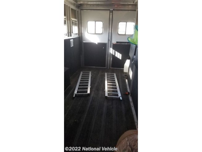 2009 Kiefer Built Advantage Plus 30' 4 Horse Trailer with Livi - Used  For Sale by National Vehicle in Omaha, Nebraska