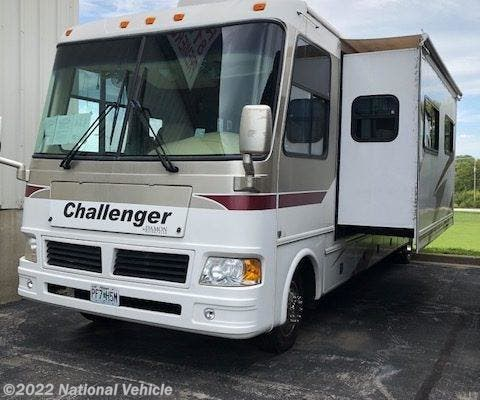 Used 2006 Damon Challenger M370 available in Riverside, Missouri