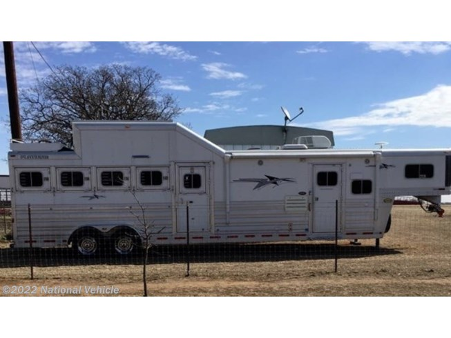 Used 2015 Platinum Coach 5 Horse 32' Trailer with Living Quarters available in Omaha, Nebraska