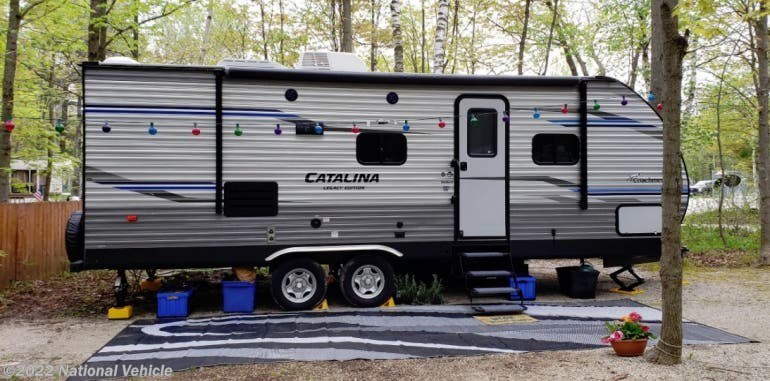 Coachmen Catalina 243Rbs >> 2019 Coachmen Rv Catalina 243rbs 28 Travel Trailer For Sale In Two Rivers Wi 54241 C673971