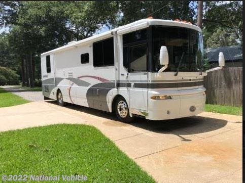 Used 2000 Winnebago Ultimate Advantage 36C available in West Monroe, Louisiana