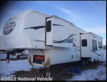 Used 2008 Heartland Bighorn 3055RL available in Kinnear, Wyoming