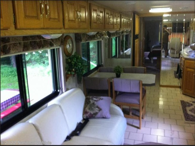 Used 2000 Holiday Rambler Endeavor 40PBD available in Rising Sun, Maryland