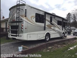 Used 2011 Tiffin Allegro Breeze 28 BR available in North Tonawanda, New York