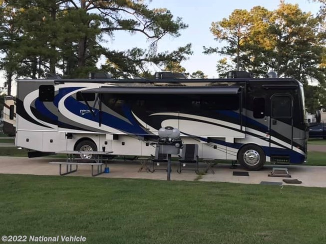 Used 2019 Fleetwood Discovery 38W available in Saucier, Mississippi