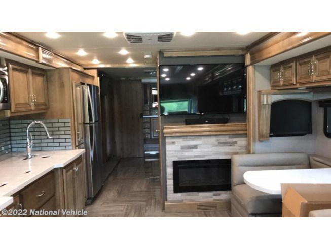 2019 Fleetwood Discovery 38W - Used Class A For Sale by National Vehicle in Saucier, Mississippi