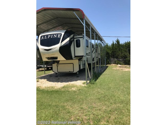 Used 2018 Keystone Alpine 3700FL available in Kempher, Texas