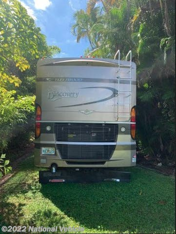 2005 Discovery 39L by Fleetwood from National Vehicle in Coral Springs, Florida