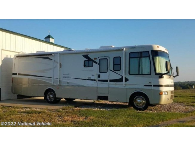 Used 2004 Holiday Rambler Vacationer 34PBD available in Fort Scott, Kansas