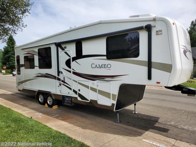 Used 2011 Carriage Cameo 32FWS available in Redding, California