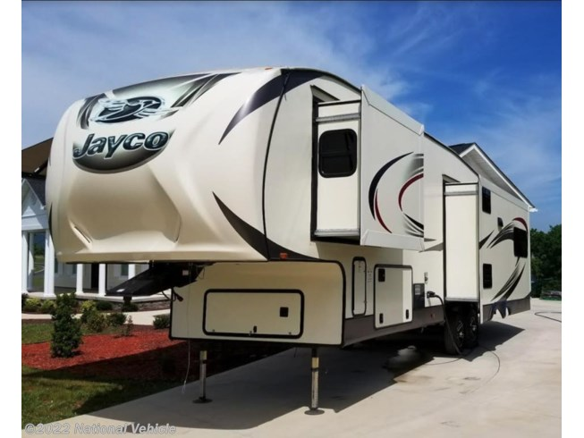 Used 2016 Jayco Eagle 323LKTS available in Vonore, Tennessee